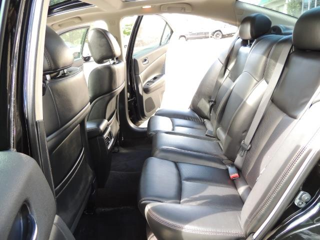 2010 Nissan Maxima 3.5 SV Heated+Cooled Leather / PANO ROOF / 1-OWNER - Photo 15 - Portland, OR 97217