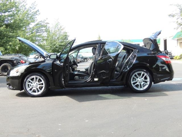 2010 Nissan Maxima 3.5 SV Heated+Cooled Leather / PANO ROOF / 1-OWNER - Photo 22 - Portland, OR 97217