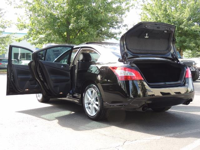 2010 Nissan Maxima 3.5 SV Heated+Cooled Leather / PANO ROOF / 1-OWNER - Photo 25 - Portland, OR 97217