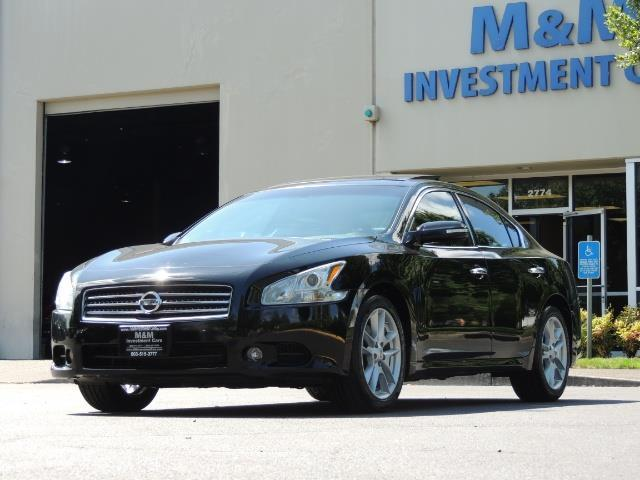 2010 Nissan Maxima 3.5 SV Heated+Cooled Leather / PANO ROOF / 1-OWNER - Photo 1 - Portland, OR 97217