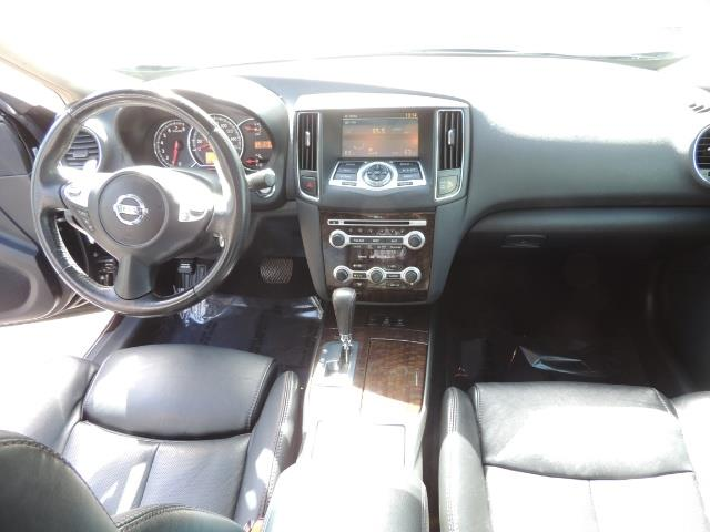 2010 Nissan Maxima 3.5 SV Heated+Cooled Leather / PANO ROOF / 1-OWNER - Photo 18 - Portland, OR 97217