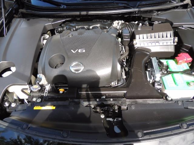 2010 Nissan Maxima 3.5 SV Heated+Cooled Leather / PANO ROOF / 1-OWNER - Photo 30 - Portland, OR 97217