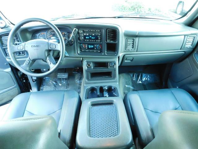 2005 GMC Sierra 2500 SLT 4dr Crew Cab / 4X4 / 6.6L DURAMX DIESEL / LIFT - Photo 34 - Portland, OR 97217
