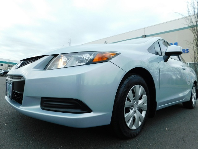 2012 Honda Civic LX Coupe 2Dr / Automatic / Excel Cond - Photo 9 - Portland, OR 97217