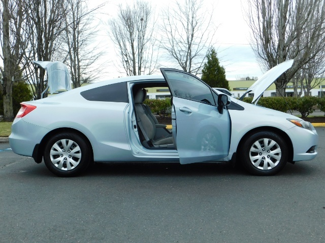 2012 Honda Civic LX Coupe 2Dr / Automatic / Excel Cond - Photo 30 - Portland, OR 97217