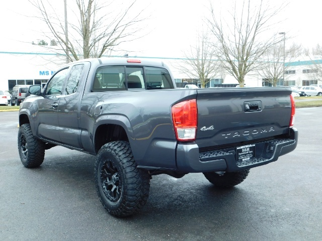 2017 Toyota Tacoma SR 4x4 / 5-SPEED MANUAL / LIFTED / 37 MILES ONLY - Photo 8 - Portland, OR 97217