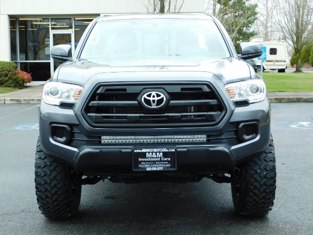 2017 Toyota Tacoma SR 4x4 / 5-SPEED MANUAL / LIFTED / 37 MILES ONLY - Photo 5 - Portland, OR 97217
