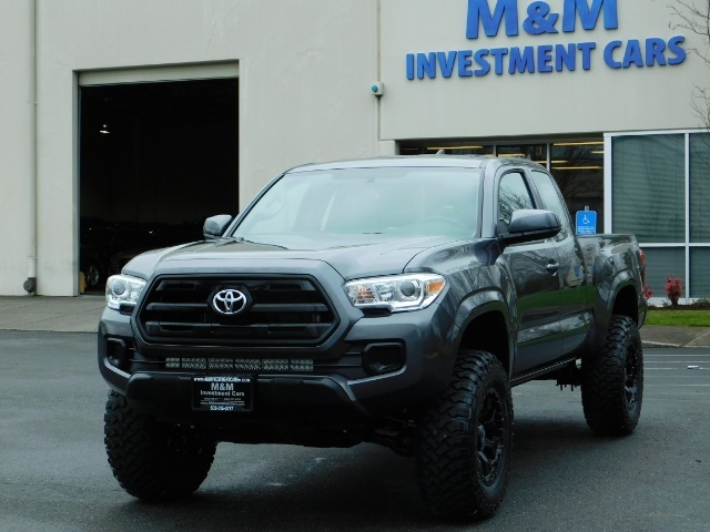 2017 Toyota Tacoma SR 4x4 / 5-SPEED MANUAL / LIFTED / 37 MILES ONLY - Photo 40 - Portland, OR 97217