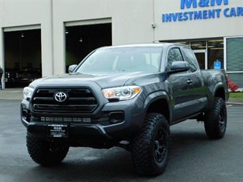 2017 Toyota Tacoma SR 4x4 / 5-SPEED MANUAL / LIFTED / 37 MILES ONLY