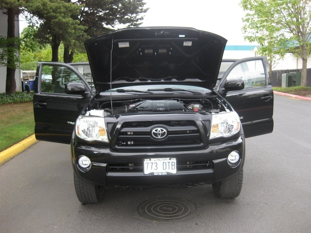 2008 Toyota Tacoma V6/ Double Cab/4WD/ Long Bed / TRD Sport - Photo 15 - Portland, OR 97217