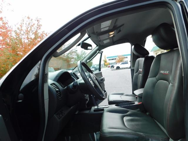 2011 Nissan Xterra PRO-4X / 4X4 / Leather / DIFF LOCKS / Excel Cond - Photo 11 - Portland, OR 97217