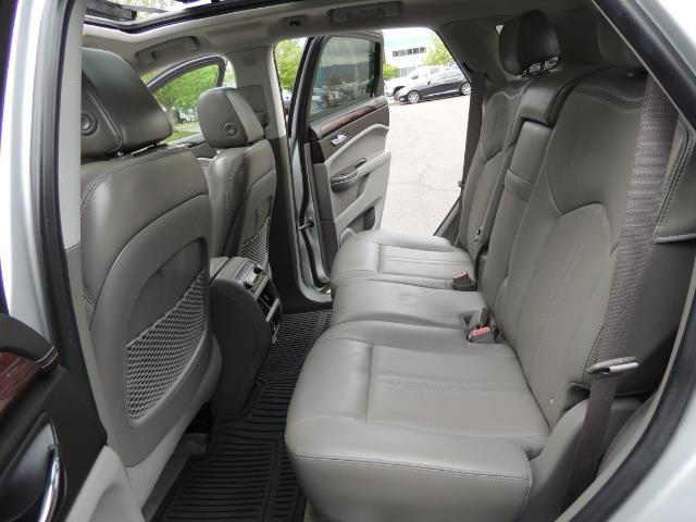2012 Cadillac SRX Premium Collection / AWD / FULLY LOADED / Excel Co - Photo 13 - Portland, OR 97217