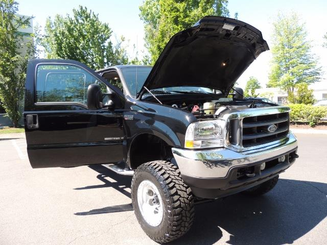 2001 Ford F-350 Super Duty Lariat / 4X4 / 7.3L DIESEL / LIFTED - Photo 31 - Portland, OR 97217