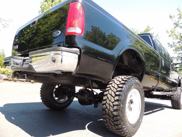 2001 Ford F-350 Super Duty Lariat / 4X4 / 7.3L DIESEL / LIFTED - Photo 11 - Portland, OR 97217