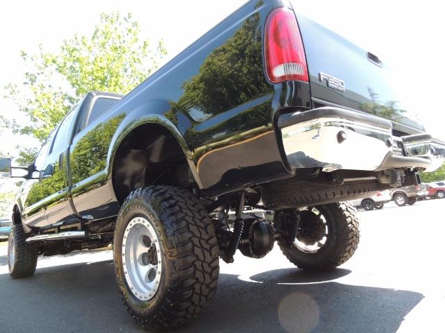 2001 Ford F-350 Super Duty Lariat / 4X4 / 7.3L DIESEL / LIFTED - Photo 12 - Portland, OR 97217