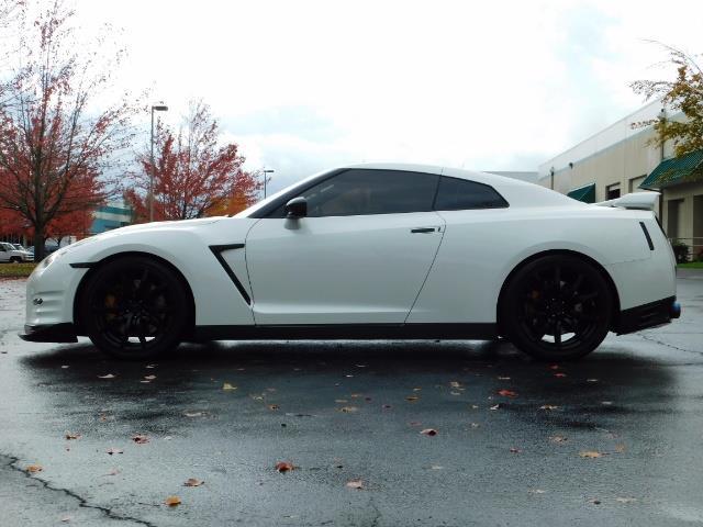 2015 Nissan GT-R Premium / AWD / Navi / 700-750 HP / Excel Cond - Photo 3 - Portland, OR 97217