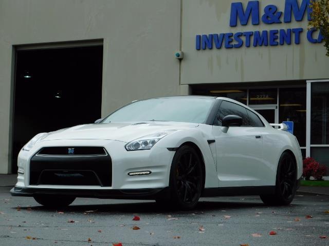 2015 Nissan GT-R Premium / AWD / Navi / 700-750 HP / Excel Cond - Photo 43 - Portland, OR 97217