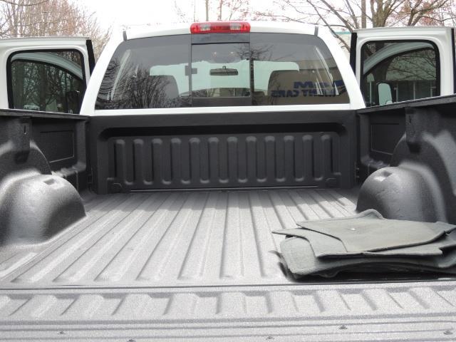2006 Dodge Ram 2500 BIG HORN 4X4 5.9 L CUMMINS Diesel 6 SPEED 83K MLS - Photo 31 - Portland, OR 97217