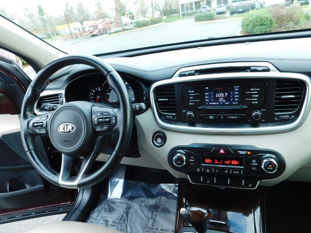 2016 Kia Sorento EX V6 / AWD / Leather/ 3RD Row Seat / 1-OWNER - Photo 19 - Portland, OR 97217