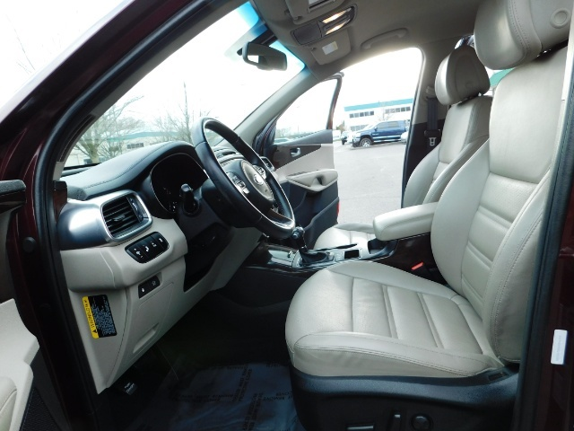 2016 Kia Sorento EX V6 / AWD / Leather/ 3RD Row Seat / 1-OWNER - Photo 14 - Portland, OR 97217