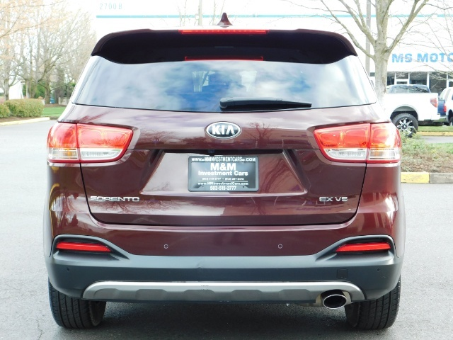 2016 Kia Sorento EX V6 / AWD / Leather/ 3RD Row Seat / 1-OWNER - Photo 6 - Portland, OR 97217