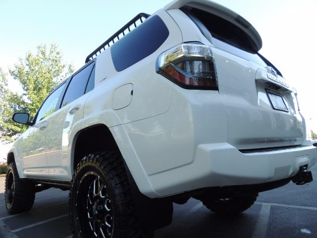 2016 Toyota 4Runner 4X4 / 3RD SEAT / REAR CAM / WARRANTY / LIFTED !! - Photo 11 - Portland, OR 97217