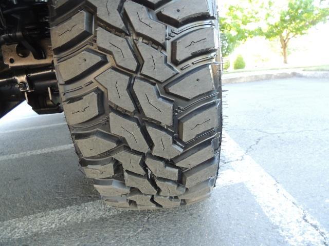 2004 Dodge Ram 3500 Laramie FLAT BED 4X4 / 5.9L Cummins DIESEL 6-SPEED - Photo 24 - Portland, OR 97217