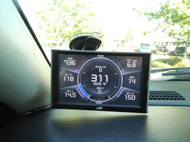 2004 Dodge Ram 3500 Laramie FLAT BED 4X4 / 5.9L Cummins DIESEL 6-SPEED - Photo 22 - Portland, OR 97217