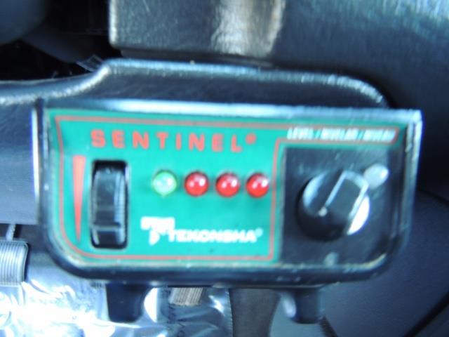 2004 Dodge Ram 3500 Laramie FLAT BED 4X4 / 5.9L Cummins DIESEL 6-SPEED - Photo 42 - Portland, OR 97217