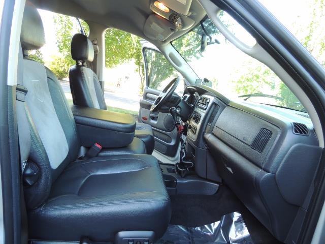 2004 Dodge Ram 3500 Laramie FLAT BED 4X4 / 5.9L Cummins DIESEL 6-SPEED - Photo 18 - Portland, OR 97217