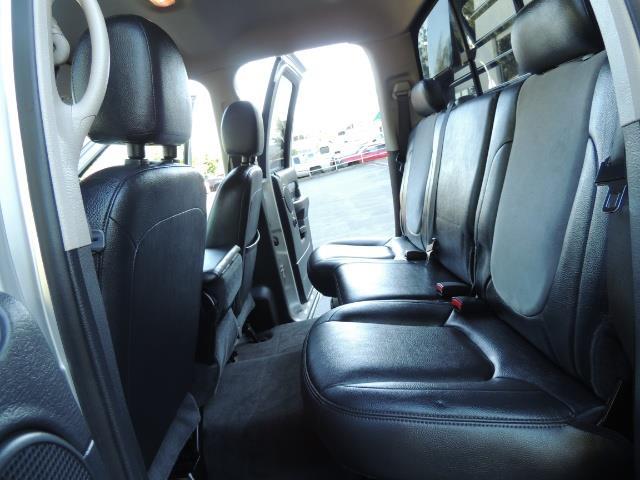 2004 Dodge Ram 3500 Laramie FLAT BED 4X4 / 5.9L Cummins DIESEL 6-SPEED - Photo 16 - Portland, OR 97217