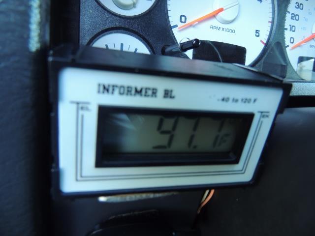 2004 Dodge Ram 3500 Laramie FLAT BED 4X4 / 5.9L Cummins DIESEL 6-SPEED - Photo 43 - Portland, OR 97217