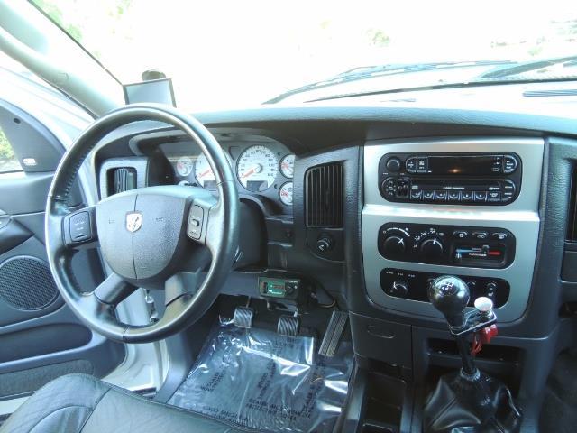 2004 Dodge Ram 3500 Laramie FLAT BED 4X4 / 5.9L Cummins DIESEL 6-SPEED - Photo 19 - Portland, OR 97217