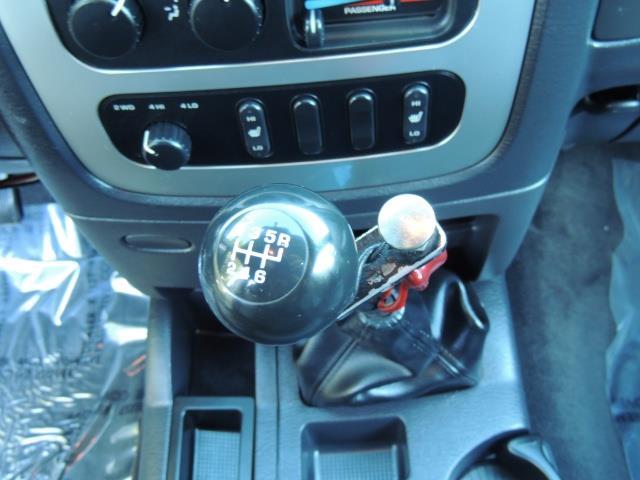 2004 Dodge Ram 3500 Laramie FLAT BED 4X4 / 5.9L Cummins DIESEL 6-SPEED - Photo 21 - Portland, OR 97217