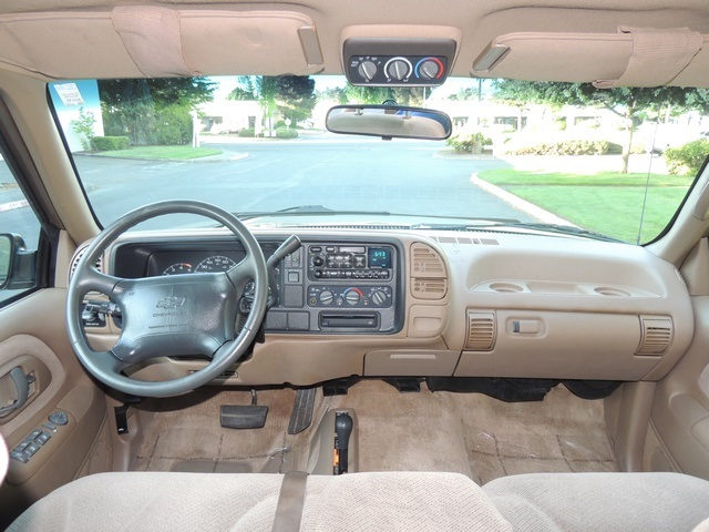 1995 chevrolet suburban k1500 4wd 3rd seat runs excellent. Black Bedroom Furniture Sets. Home Design Ideas