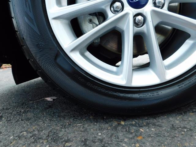 2015 Ford Focus SE / Sunroof / Backup Camera / NEW TIRES / Excel C - Photo 42 - Portland, OR 97217