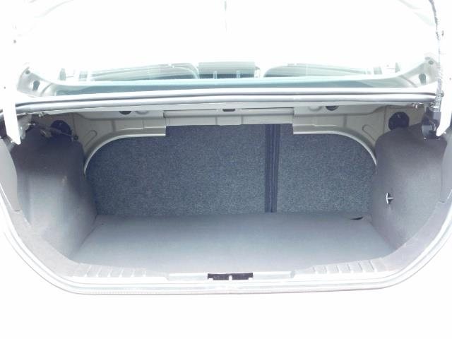 2015 Ford Focus SE / Sunroof / Backup Camera / NEW TIRES / Excel C - Photo 29 - Portland, OR 97217
