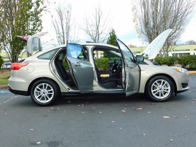 2015 Ford Focus SE / Sunroof / Backup Camera / NEW TIRES / Excel C - Photo 31 - Portland, OR 97217