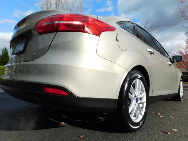 2015 Ford Focus SE / Sunroof / Backup Camera / NEW TIRES / Excel C - Photo 11 - Portland, OR 97217