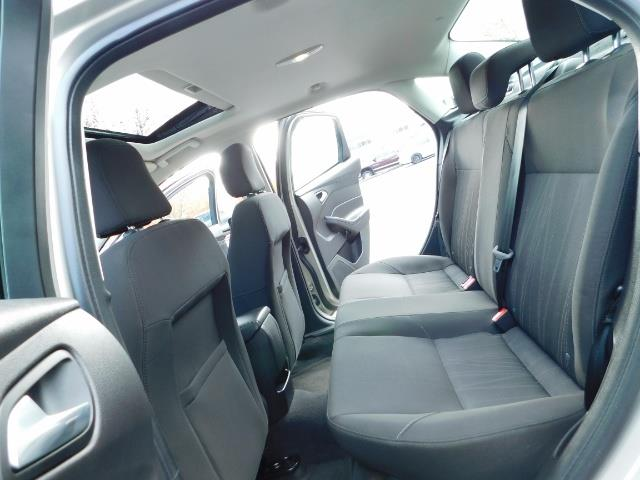 2015 Ford Focus SE / Sunroof / Backup Camera / NEW TIRES / Excel C - Photo 15 - Portland, OR 97217