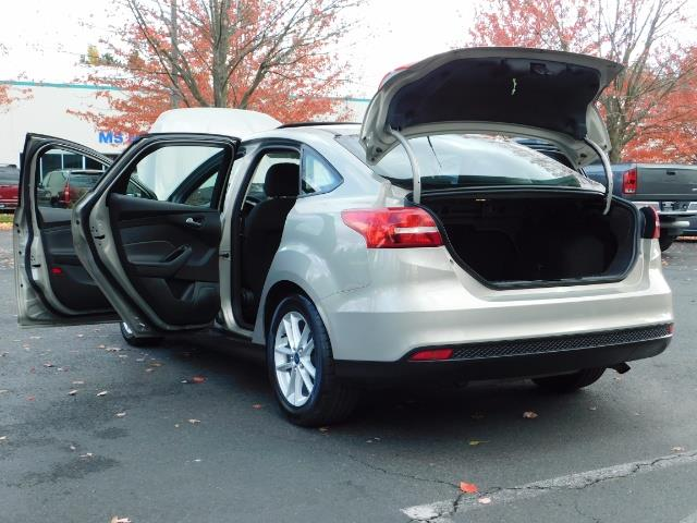 2015 Ford Focus SE / Sunroof / Backup Camera / NEW TIRES / Excel C - Photo 27 - Portland, OR 97217
