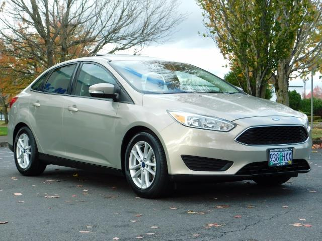 2015 Ford Focus SE / Sunroof / Backup Camera / NEW TIRES / Excel C - Photo 2 - Portland, OR 97217