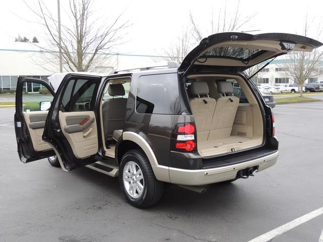 2006 Ford Explorer Eddie Bauer / 4WD / Third Row Seat