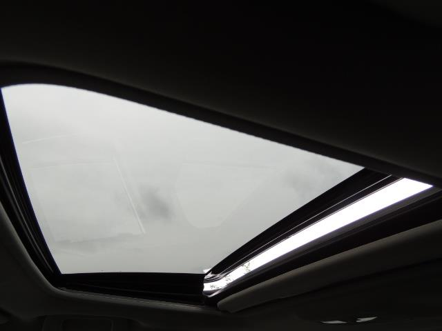 2016 Toyota Corolla S Plus / Sedan / Sunroof / Backup Camera / Spoiler - Photo 22 - Portland, OR 97217