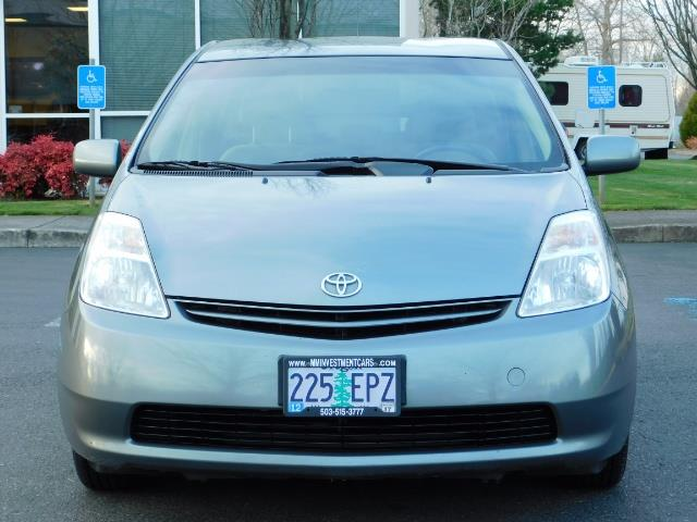 2005 Toyota Prius Hatchback HYBRID / NEW TIRES / 1-OWNER - Photo 5 - Portland, OR 97217