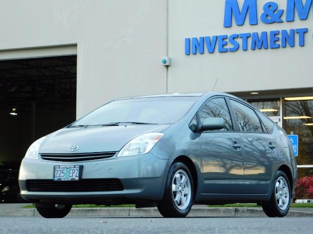2005 Toyota Prius Hatchback HYBRID / NEW TIRES / 1-OWNER - Photo 38 - Portland, OR 97217