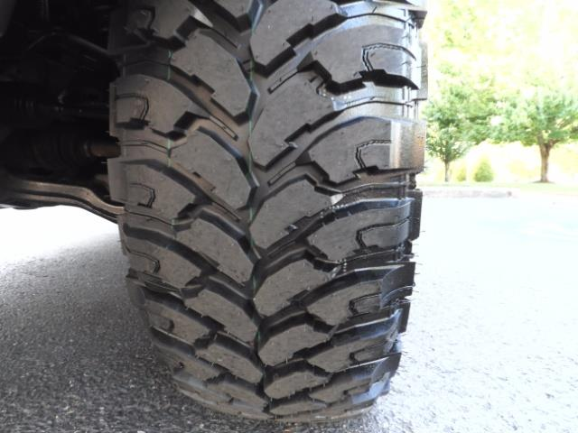 2004 Toyota 4Runner LIMITED Edition 4WD / V8 4.7L / DIFF LOCK / LIFTED - Photo 24 - Portland, OR 97217