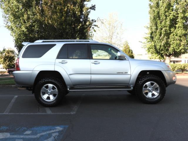 2004 Toyota 4Runner LIMITED Edition 4WD / V8 4.7L / DIFF LOCK / LIFTED - Photo 49 - Portland, OR 97217