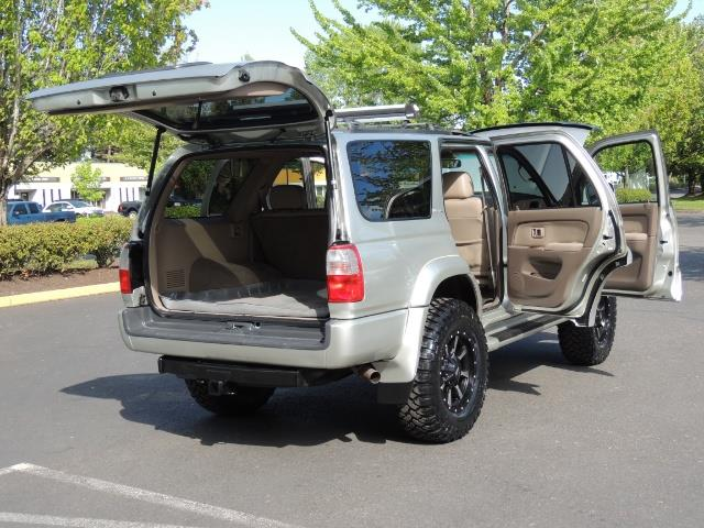 2000 Toyota 4Runner Limited / 4WD / Leather / Rear Diff Lock / LIFTED - Photo 29 - Portland, OR 97217