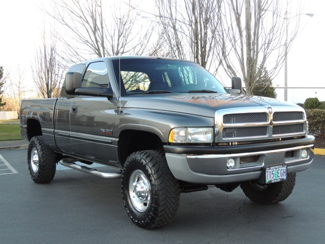 2002 dodge ram 2500 laramie 4x4 5 9l diesel cummins lifted. Black Bedroom Furniture Sets. Home Design Ideas